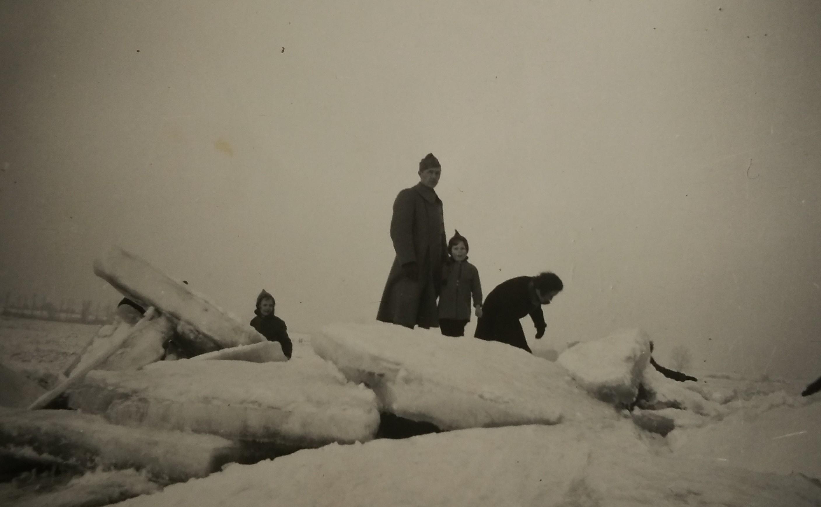 Bevroren Waal januari 1940